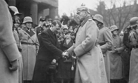 Machtergreifung Adolf Hitler